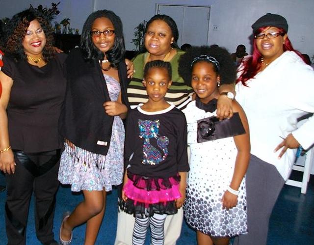 girls w aunts
