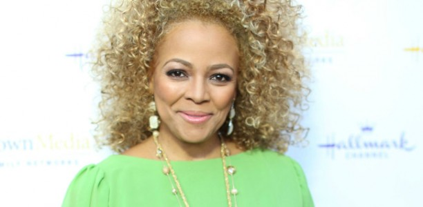 Award-Winning Actress, Mompreneur Kim Fields Launches Mid-Summer Youth Acting Camps