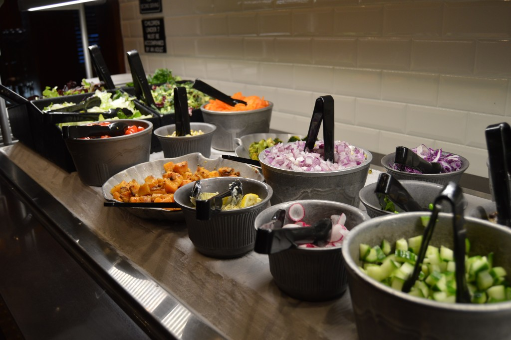 Let S Talk About Fresh Baby Ruby Tuesday Debuts New Fresh Garden Bar Saladselfie